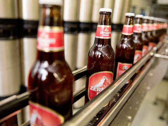 Flaschen 01 Zermatt Bier | Zermatt Matterhorn Brewery